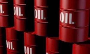 النفط يهبط دون 40 دولاراً في أدنى مستوى له منذ 2009