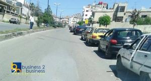 في حمص... البنزين يباع في محال الخضار والفواكه والليتر بـ250 ليرة