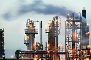 النفط يعوض خسائره بعد