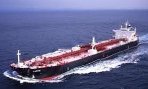 ناقلة إيرانية محملة بالفيول تصل لميناء بانياس