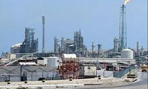 عمان تبني أكبر مستودع في العالم لتخزين النفط خارج مضيق هرمز