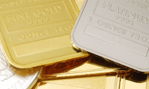 البلاتين يرتفع إلى أعلى مستوى في 5 أشهر و أونصة الذهب ترتفع الى 1743.19 دولار للاوقية