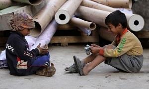تقرير: نصف سكان الشرق الأوسط يعيشون على 4 دولارات للفرد يومياً