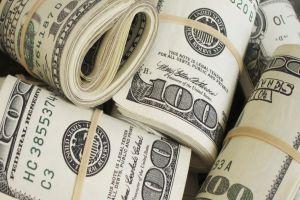 رئيس هيئة الأوراق المالية: الشح بالدولار ليس فقط في سورية بل بكافة دول الجوار
