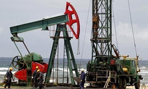 النفط الخام الامريكي يتراجع الى 105.75 دولار للبرميل