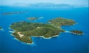 أمير قطر يشتري جزيرة يونانية بقيمة 4.9 ملايين يورو