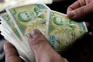 تقرير: الأسرة المكونة من 5 أفراد في سورية تحتاج إلى 230 ألف ليرة شهرياً