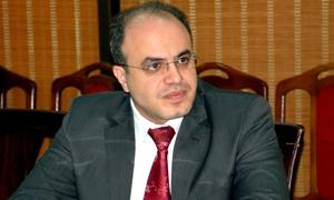 الخليل: إقامة مناطق حرة على الحدود مع لبنان.. ومناطق حرة سياحة خاصة