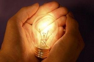 قيمة فاتورة كهرباء منزلك ترتفع؟!.. إليكم السبب