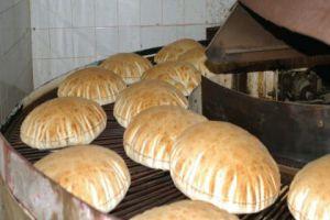 مدير المخابز يقول: هناك فائض في الخبز ونعاني قلة التصريف!..والربطة تباع بـ150 ليرة