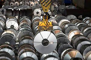 تقرير أسبوعي: إندلعت الحرب التجارية.. الدولار الرابح الأول و الذهب والنفط إلى المزيد من الخسائر