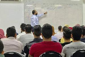 بورصة الجلسات والدورات المكثفة لإمتحانات الشهادتين في سورية تنطلق.. والأسعار بدءاً من ربع مليون!!