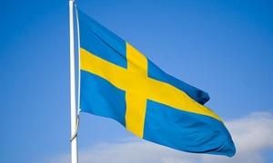 السويد تتوقع 100 ألف طالب لجوء من سورية والعراق