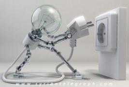 خميس يقول: عدالة التقنين قائمة.. والمؤسسات الحكومية الهامة تستهلك 30 بالمئة من الكهرباء