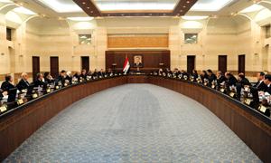 خبير اقتصادي ينتقد قرارات الحكومة ويقول: 60% من قراراتها بزيادة الأسعار أسهمت في ارتفاع التضخم في سورية