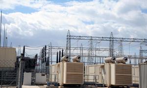 وزير الكهرباء: 40 ميغا سترفد الشبكة نهاية العام وجاري التعاقد على 200 ميغا