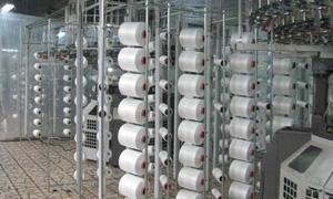 خفض أسعار الخيوط القطنية في سورية بنسبة تتراوح ما بين 25و50%.. وصناعي يقول: العديد من الخيوط غير متوفرة