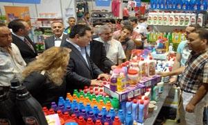 بمشاركة حوالي 80 شركة افتتاح مهرجان التسوق لغرفة صناعة دمشق.. و الدبس يؤكد أن الحسومات تصل إلى 70 %