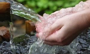 الشيخة: مياه شرب آمنة وكافية لجميع المواطنين الصيف الحالي