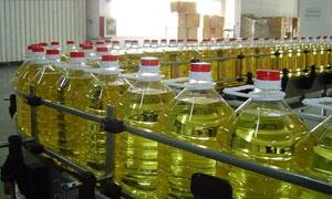 الجزائري لصناعيي الزيوت : إيقاف استيراد الزيوت والسمون مرهون بتغطية حاجة السوق وتخفيض الأسعار