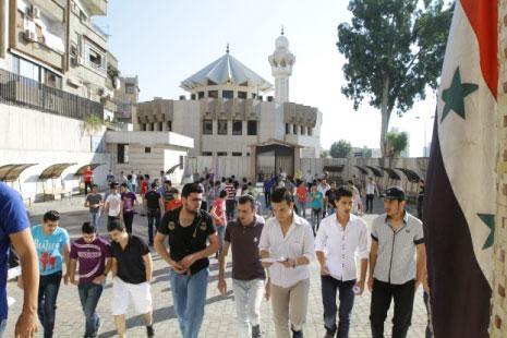 الأزمة تسلّلت إلى المدينة الجامعية بدمشق: نوم في المستودعات وديدان في المياه!