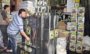 10 ألاف ليرة سعر الصفيحة الواحدة.. ارتفاع أسعار زيت الزيتون ومطالب بوقف تصديره