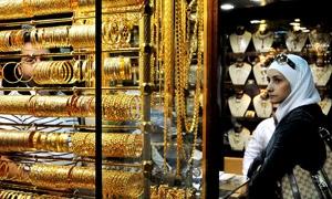 للمرة الثانية.. غرام الذهب في سورية عند 10 آلاف ليرة..جزماتي:تمديد الاتفاق مع المالية لمدة 3 أشهر