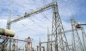 وزير الكهرباء من حمص: الالتزام ببرامج تقنين محددة لتحقيق عدالة التوزيع