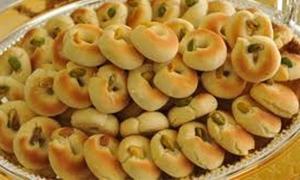 ارتفاع الأسعار يدفع بـ 75%من العائلات السورية الى حلويات المصنعة منزلياً..خبير:تكلفة الوجبة للشخص الواحد ارتفعت من 350لـ1300 ليرة