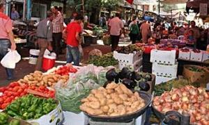 أسواق دمشق تشهد انخفاضاً بأسعار الخضراوات بنسبة تتجاوز 20%..واستقرار بأسعار الفواكه