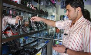 أسعار الموبايلات تنخفض بحدود 25% خلال يومين في أسواق دمشق.. والبائعين في ورطة حقيقية