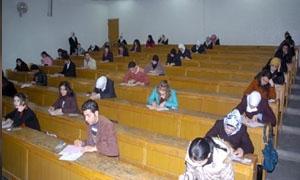 التعليم العالي يناقش استعداد الجامعات للعملية الامتحانية ..وتأجيل امتحانات جامعة الرقة