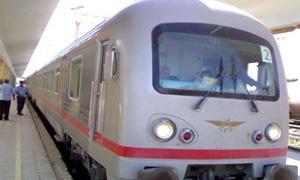 مؤسسةالخط الحديدي:مشروع نقل الضواحي لتخفيف أزمةالنقل.. و200 مليون إيرادات الشركة في 8أشهر