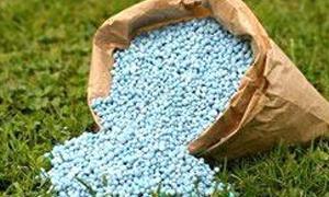 ارتفاع أسعار الأسمدة أكثر من 50% يشكل عبئاً كبيراً على الفلاحين ..وطن الأسمدة بـ50الف ليرة