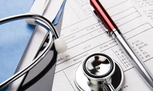 مدير هيئة الإشراف على التأمين:ارتفاع أقساط التأمين الصحي والتأمين الشامل للسيارات فقط