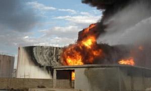 نشوب حريق في أحد خزانات البنزين بمصفاة حمص