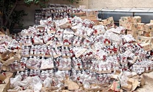 تموين دمشق يصادر كميات كبيرة من الأغذية والمشروبات الغازية المخالفة
