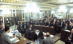 محافظة دمشق: تأهيل مجمع حوش بلاس خلال شهر..و70 ألف بوابة إنترنت قريبا
