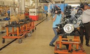 وزارة الصناعة تكشف عن آليات تمويل لتطوير القطاع العام الصناعي