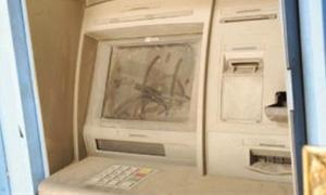 155 صرافاً للمصرف التجاري ما بين عاطل وعلى وشك العطالة.. والحلول قادمة!!