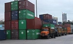 التوكيلات الملاحية تخفض تعرفة أجورها.. وسفن الحاويات للقطاع للخاص حصراً