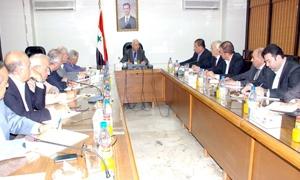 وزير الاقتصاد أمام رئيس وأعضاء غرفة تجارة دمشق.. القرار الذي يصدر مساءً يجب ان يرى النور صباحاً