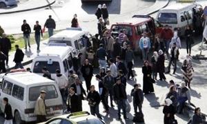 توقف 50% من سرافيس دمشق وريفها عن العمل بسبب انخفاض مدخولها الشهري وارتفاع اسعار الوقود