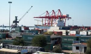 وزارة النقل تبحث توسيع مرفأ اللاذقية لتطويره وزيادة حجم البضائع المتبادلة