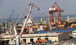 معاون وزير النقل :  دراسة لتوسيع عمق مرفأي اللاذقية وطرطوس حتى 18 متراً لاستقبال السفن الكبيرة.