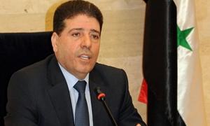 رئيس الحكومة: استقرار نسبي في الليرة السورية وليس الاقتصاد وحده يؤثر في قيمتها
