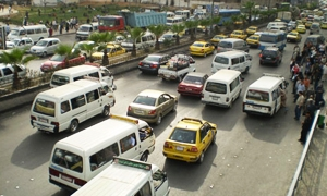 السماح للسيارات الشاحنة والغذائية بدخول دمشق من عدة محاور بكل الأوقات