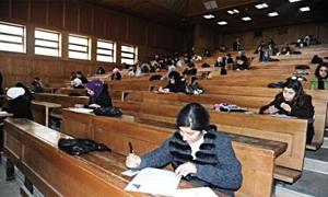 18500 طالب يتقدمون إلى امتحانات التعليم المفتوح بجامعة دمشق اليوم