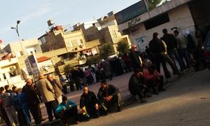 نقص في الطحين يؤجج أزمة خبز خانقة في أفران دمشق
