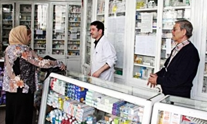 الصيدليات تمتنع عن بيع الدواء ..نقيب صيادلة دمشق: نشرة الأسعار الأدوية الجديدة صدرت ونقوم بتوزيعها